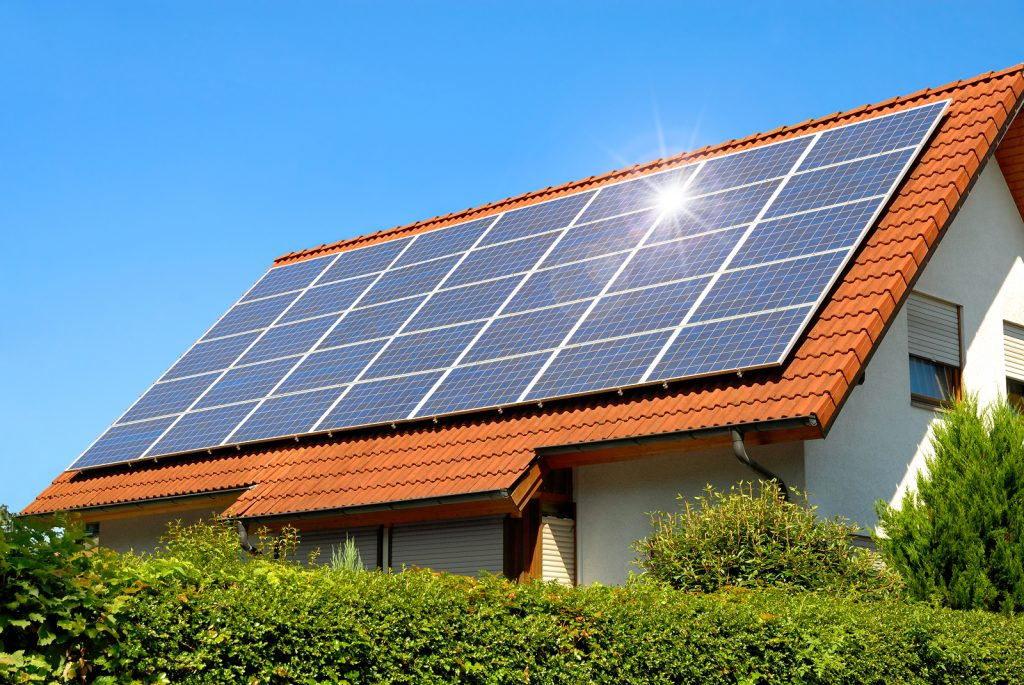 Reasons to Work with a Qualified Solar System Provider for Your Solar Batteries